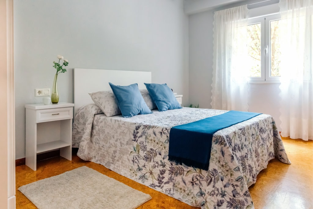 Guest bedroom real estate photo