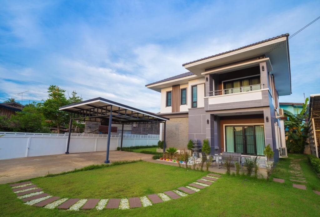 Front of modern home real estate image